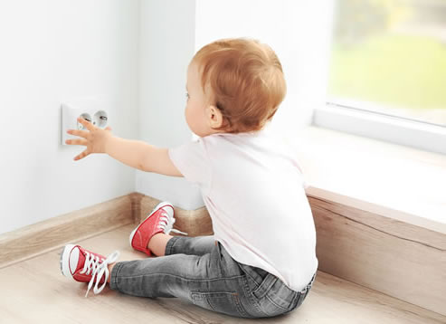 Helpful Tips for Childproofing Outlets